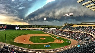 wall cloud.jpg