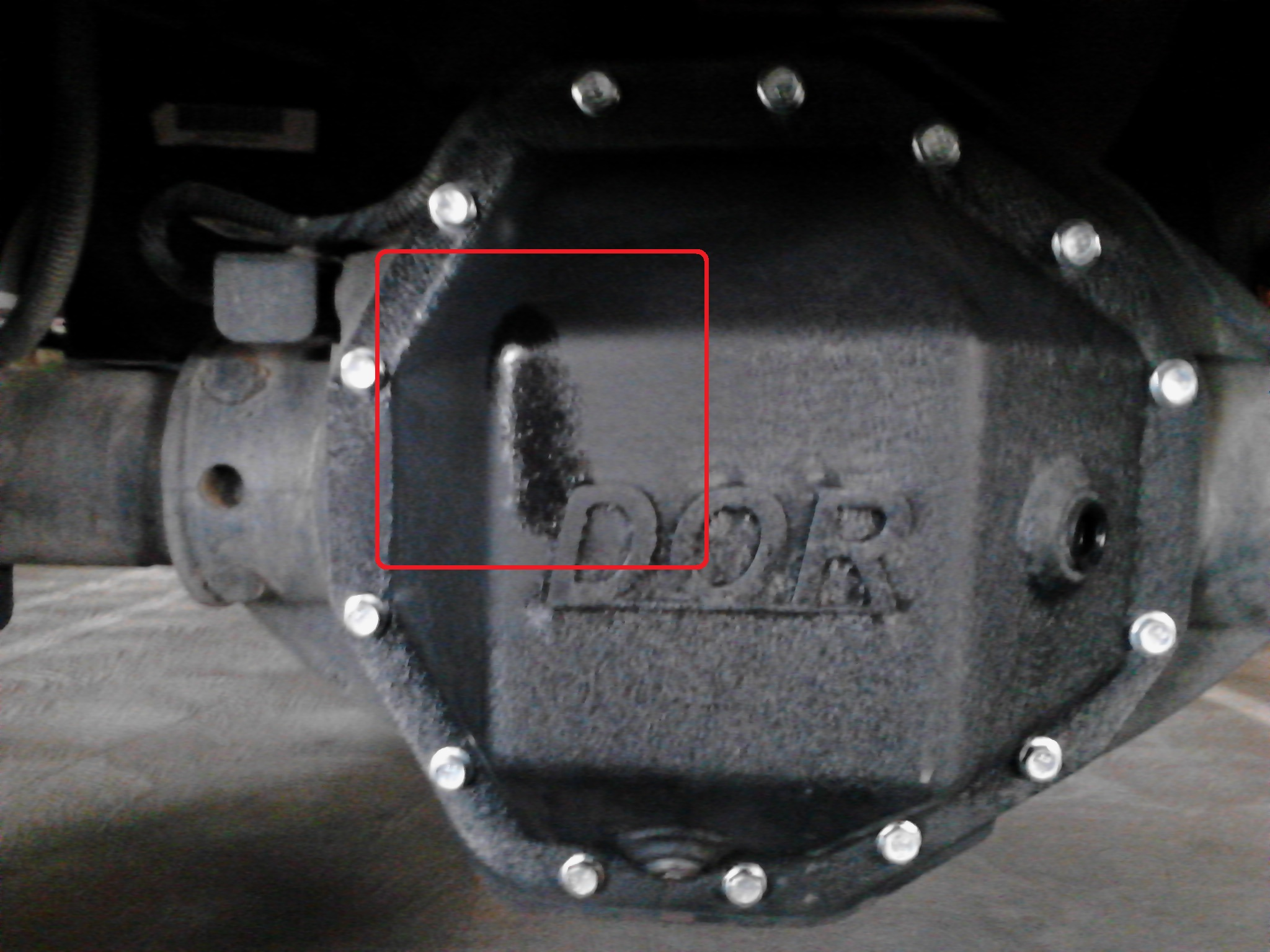 DOR Rear Diff Cover Leak (with highlight).jpg